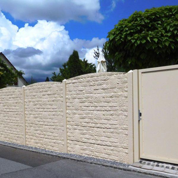 Beton-Sichtschutz In Steinoptik