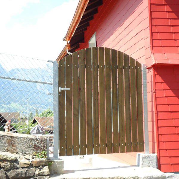 Klassische Holztüre